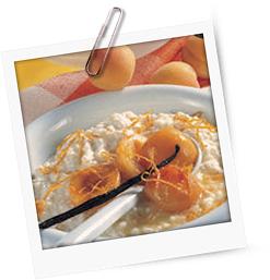 Aprikosenkompott mit Milchreis